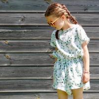 Een tijdje terug deden we een inspiratieronde op deze stof! Wat zou jij maken! @ellen_nellieellie maakte dit gave setje geïnspireerd door @wisj_sofie de Steph shorts en de gratis crazy Crop top.  #stoffentijd #inspiration #sewinginspiration #fabrics #doublegauze #mooiestoffen #stoffenwinkel #stoffenwebshop #naaienvoormeisjes #naaienvoorkinderen #naaienvoorjongens #summersewing #sewing #stoffen #stoffenliefde #fabriholic #stofverslaafd